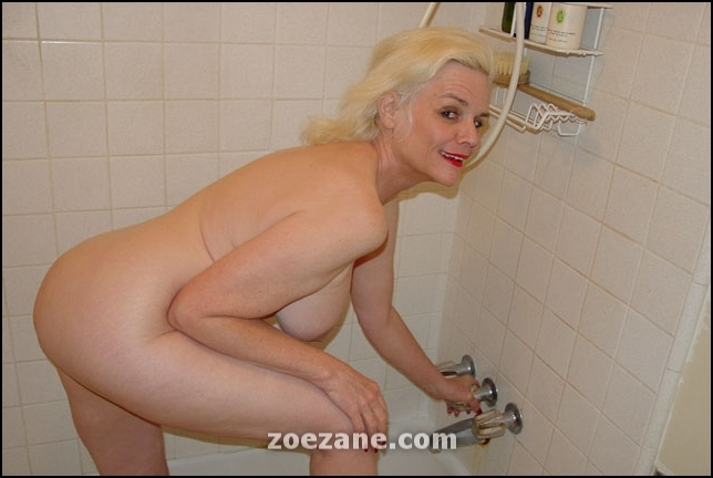 Mature Zoe Zane Persian Kitty Adult Link Gallery.