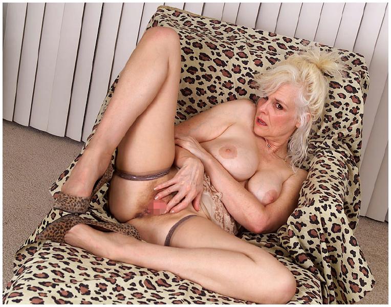 Zoe Mature Porn 109